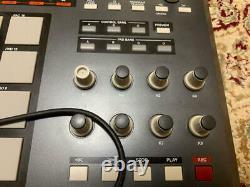 Akai Professional MPD32 USB/MIDI Pad Control Unit from japan C1