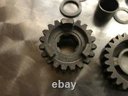 SUZUKI RM 125 gearbox gears from counter shaft output 2004 04 rm