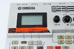 Yamaha SU200 Sampler sampling Unit su-200 With Smart Media 32MB From Japan